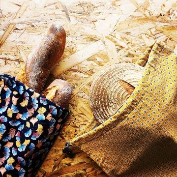 Et maintenant les sacs à pains 🥖 Retrouvez les sur www.nadoz.bzh  #sacapain #nadoz.bzh #durable #écologie #madeinbreizh #bretagne #zerodechet #zerowaste #ecoresponsable #couturezerodechet  #artisanat